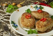 Сочные котлеты из свинины с картофелем