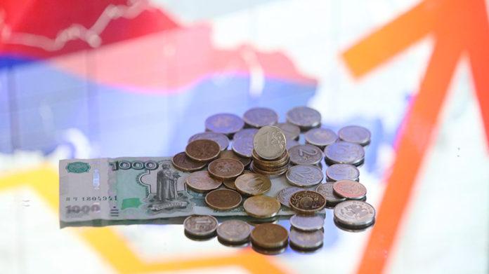 Россияне считают, что высокие зарплаты должны быть в сельском хозяйстве и науке