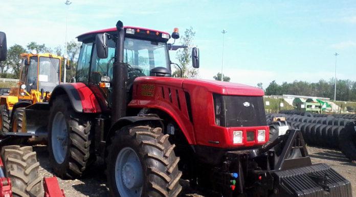 Трактор МТЗ-2022