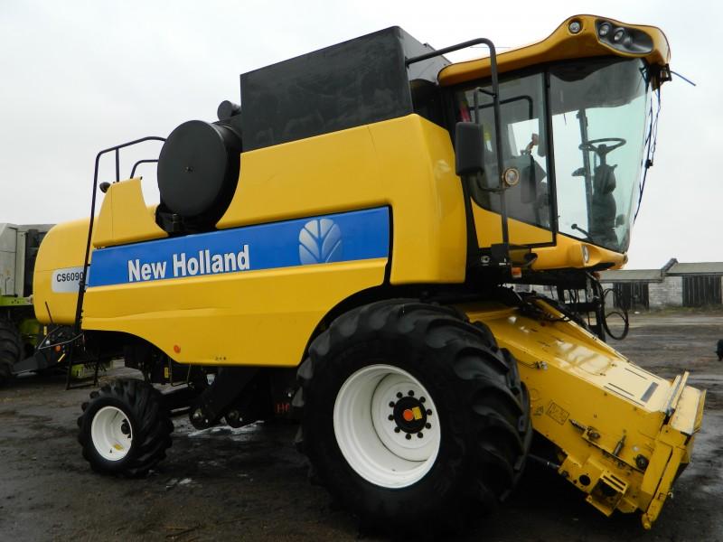 Kombajn New Holland CS 6090
