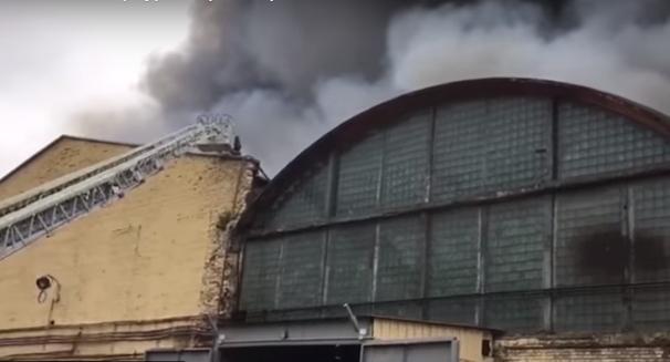 На тракторном заводе в Петербурге произошел пожар