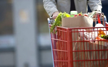 Стоимость минимального набора продуктов питания начала снижаться