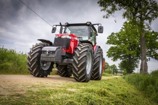 MASSEY FERGUSON 6713: Семь причин присмотреться к новому трактору в России
