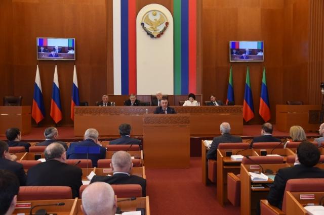 Врио главы Минсельхозпрода Дагестана предложил заложить в бюджете на 2018 год средства для лизинга сельхозтехники