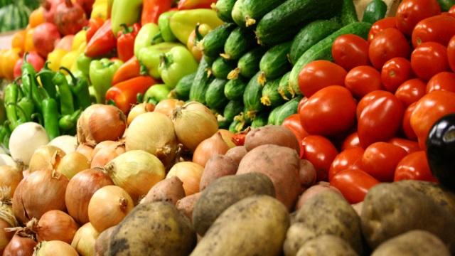 Россельхознадзор проверит белорусские яблоки, томаты и грибы