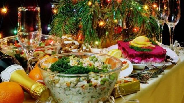 Как поменяются в декабре цены на продукты к новогоднему столу