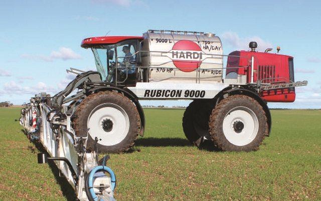 В Европу прибывает гигантский распылитель от Харди Rubicon 9000