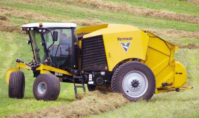 Самоходный пресс-подборщик для кукурузы Vermeer ZR5