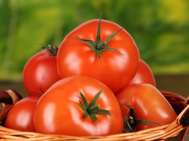 Чего боятся томаты