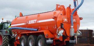 Компания Abbey выпустила огромную трехосную цистерну для органических удобрений
