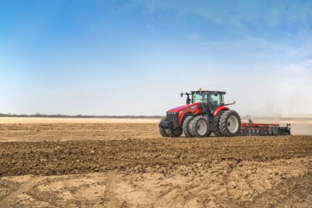 Тракторы Versatile 340: полное соответствие потребностям