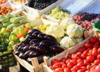 Армения намерена увеличить объем поставок овощей и фруктов в РФ