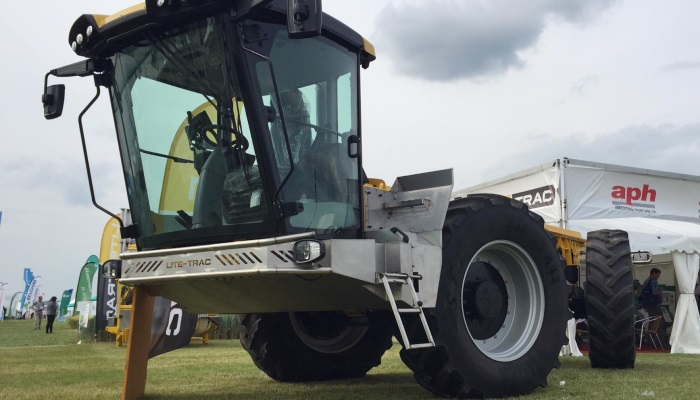 Lite Trac становится больше похожим на трактор