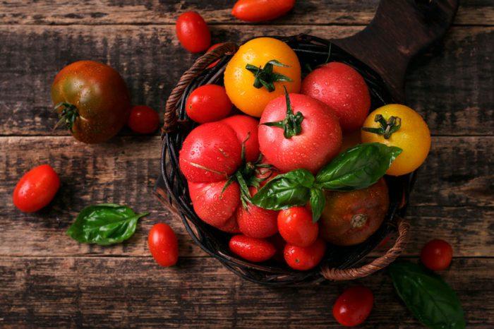 В чем отличия различных сортов томатов