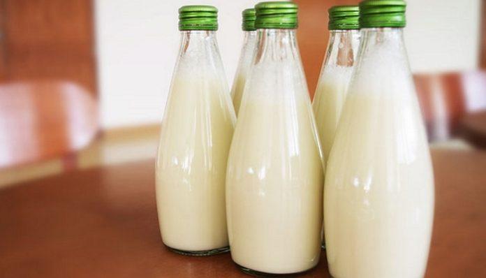 Делегация из Беларуси вылетела в Москву обсуждать поставки молока