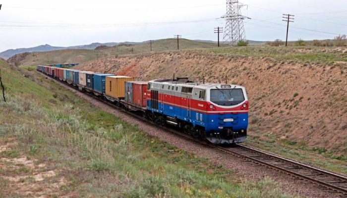 Для подъема аграрного сектора Китай приступил к модернизации транспорта