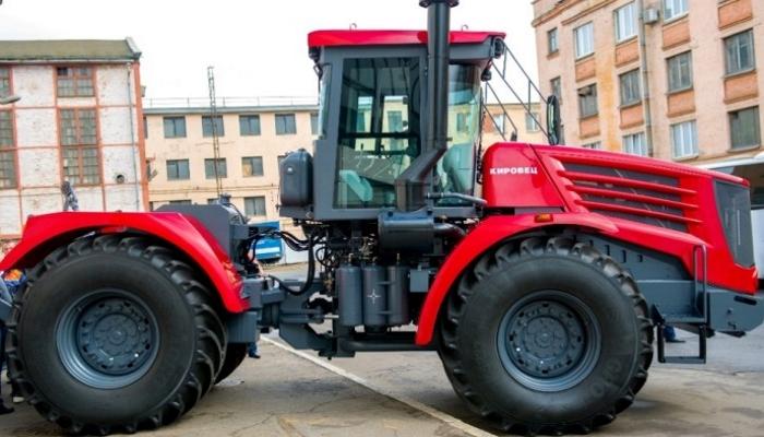 Этап глобальной модернизации основного серийного трактора «Кировец» серии К-744Р завершен