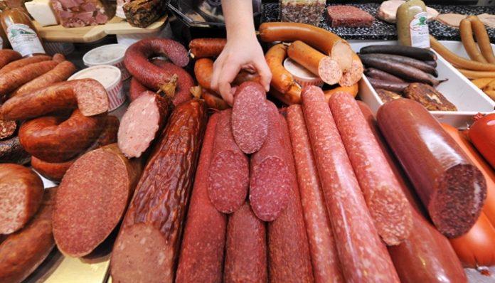 СМИ сообщили о грядущем росте цен на колбасу и полуфабрикаты