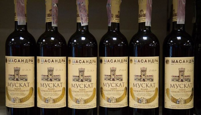 В Китае будут прививать любовь к крымскому вину