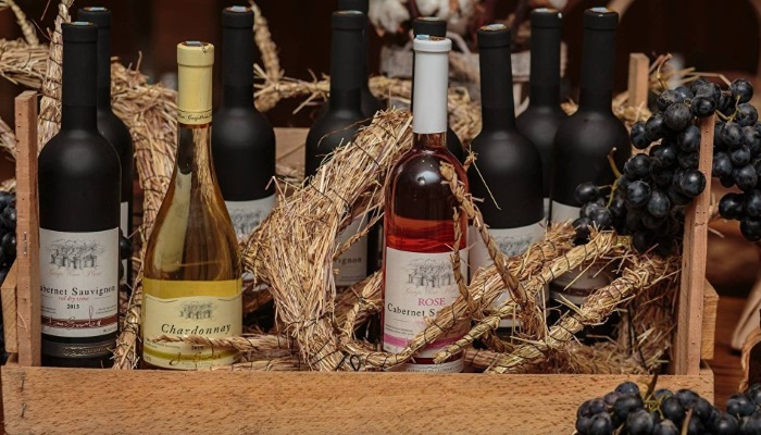 Азербайджан откроет винные дома в Москве и Санкт-Петербурге