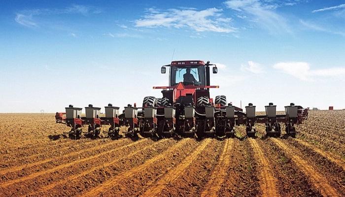 Медведев: субсидии на приобретение сельхозтехники аграриями увеличены в ряде регионов РФ