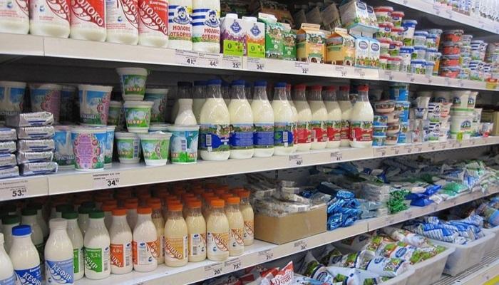 Отдельные полки для молочных продуктов поддержали три ведомства