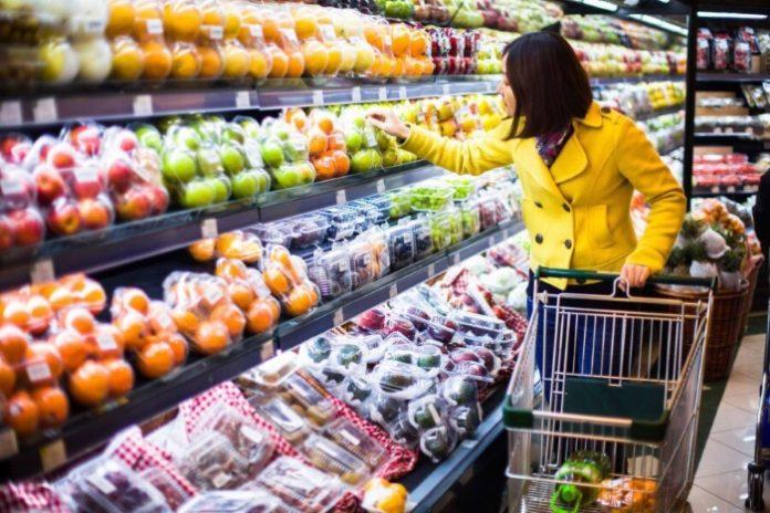 Сенаторы хотят смягчить законопроект о запрете возврата продуктов ретейлерами