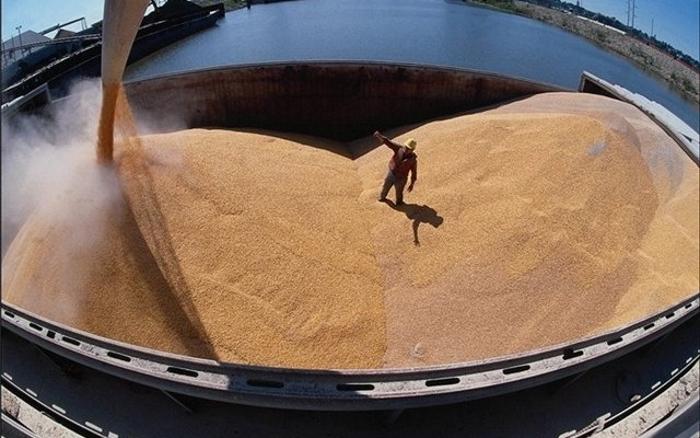 В России скоро снова введут экспортные пошлины на зерно?