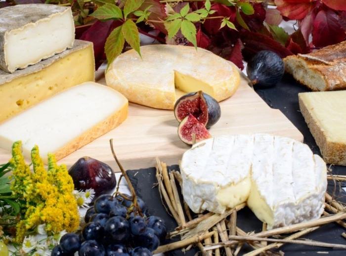 2 тонны санкционного сыра обнаружено на складе в Москве