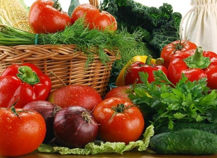 Минсельхоз России: на 3 октября сбор тепличных овощей вырос на 24,8%