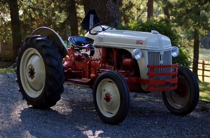 Тракторы Ford