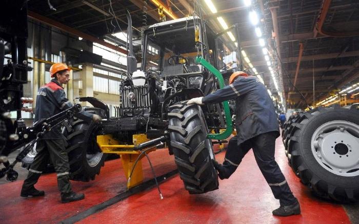 В правительстве Удмуртии усомнились в необходимости строительства тракторного завода