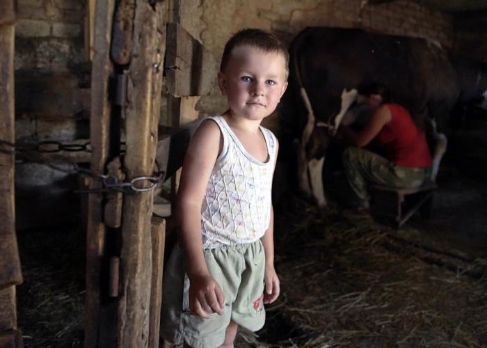 Будни деревенских блогеров — как российская семья раскрутила блог о сельской жизни