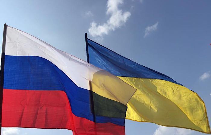 Украина продлила санкции на российские продовольственные товары