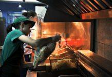 Внутренняя кухня: как работает крымский аналог McDonald's