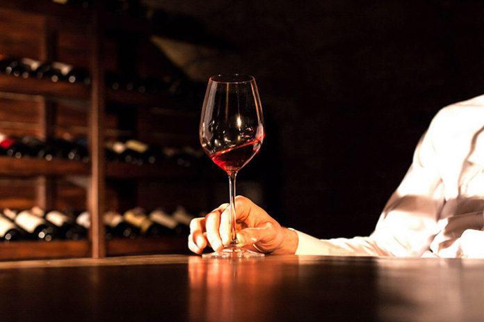 Не знаете, какое российское вино выбрать? Ищите ответ в «Винном гиде России»