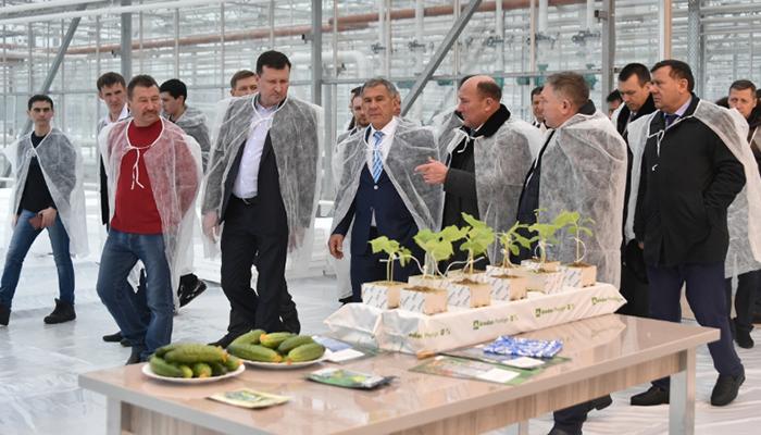 Рустам Минниханов лениногорцам: ваш потенциал огромен, ваш труд значителен