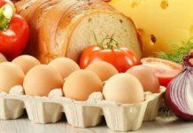 В Псковской области подешевели куриные яйца