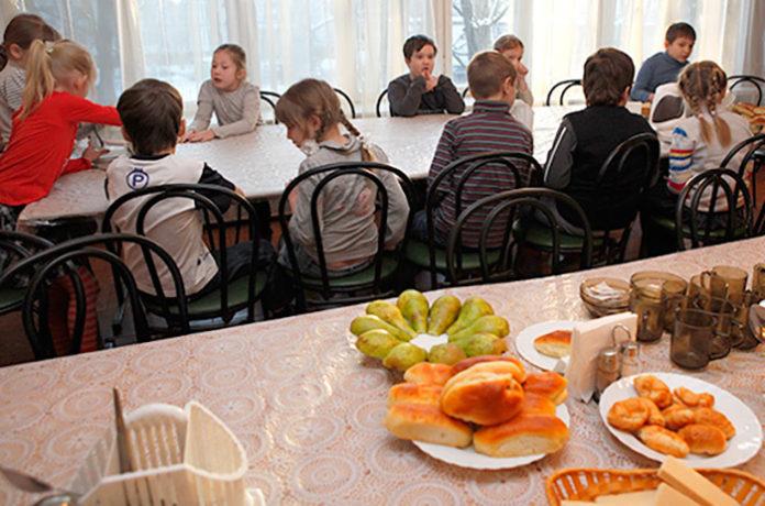 В школах проведут уроки здорового питания