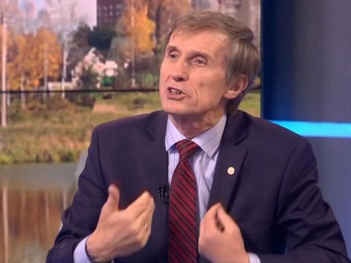 Василий Мельниченко: Нас держат в таком теле, чтобы мы ели любое говно
