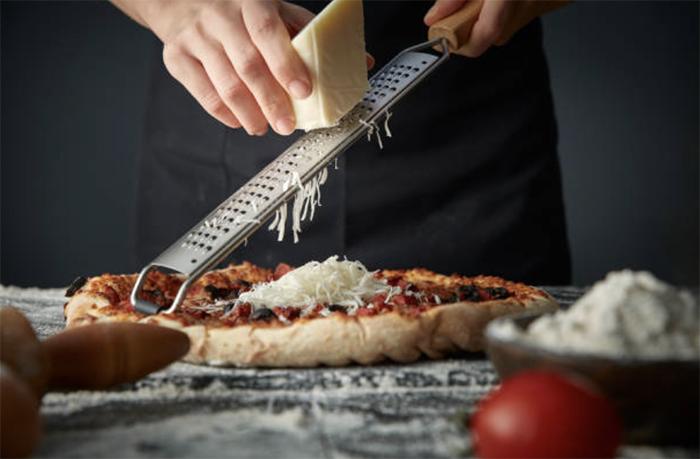 Домашняя пицца — простые, бюджетные рецепты