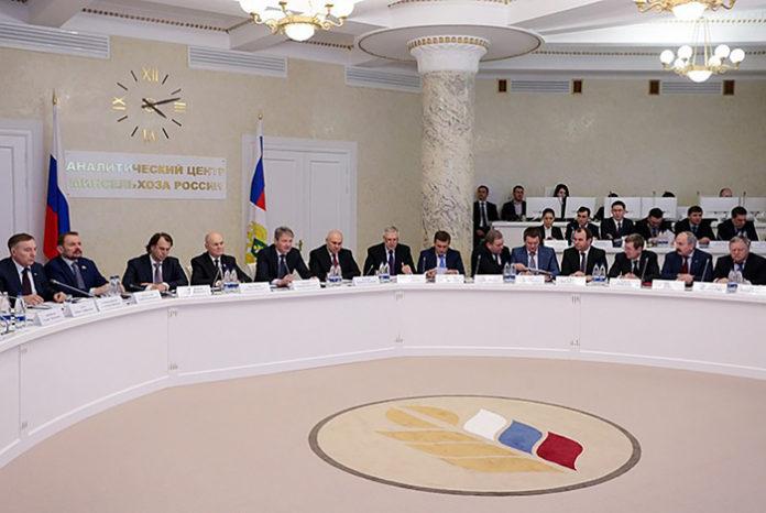 Минсельхоз РФ еще не решил создавать ли новый союз экспортеров зерна или переформатировать НАЭСП