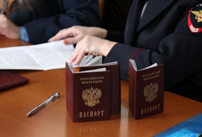 В Омскую область привлекут учителей, медиков и фермеров из-за рубежа