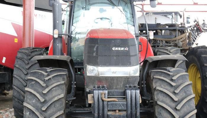 Обеспеченность аграриев тракторами в 2018 году вновь снизилась