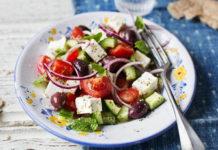 10 новых способов сделать салат с огурцами
