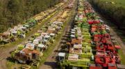 Британское «кладбище», где ржавеют 350 зерноуборочных комбайнов 📸