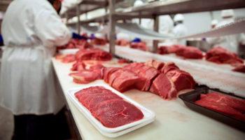 Россельхознадзор инициировал прекращение декларации переработчику мясной продукции
