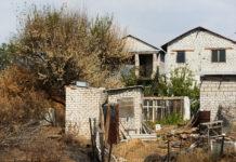 Село стремительно вымирает жители области массово бегут в Волгоград