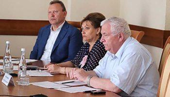 Белгородские депутаты одобрили сокращение рабочей недели для женщин на селе