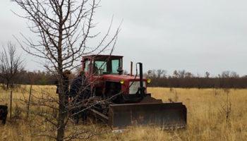 Вымышленный трактор стоил омичу 110 тыс рублей